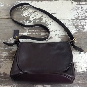 VINTAGE COACH | BROWN LEATHER